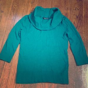 BR Factory green sweater